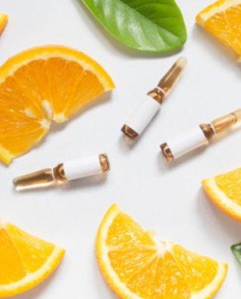 ¿Cuáles son los beneficios de la vitamina C y el HA para nuestra piel?