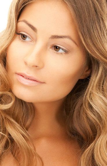 ¿Piel grasa y acné?: Encuentra tu rutina de limpieza facial ideal
