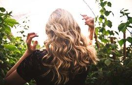 Exfoliantes para el cuero cabelludo caspa