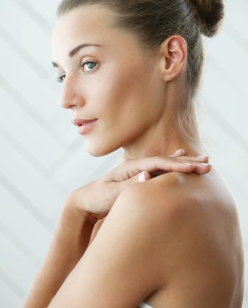 ¿Qué es el ácido glicólico y cómo actúa en nuestra piel?